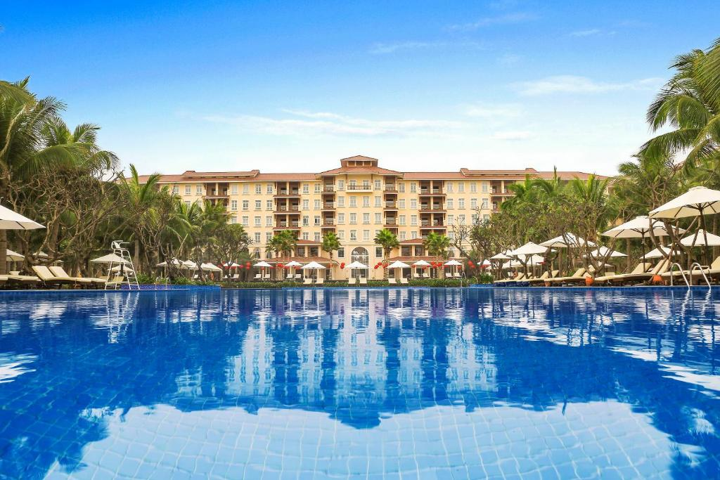 The swimming pool at or near Vinpearl Luxury Da Nang