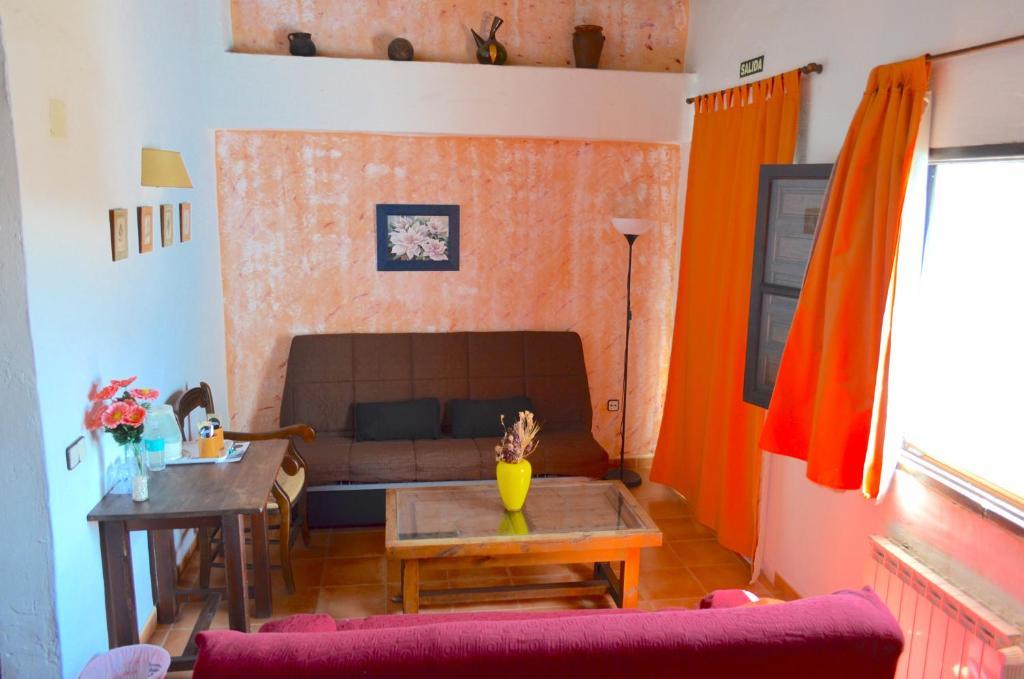 Hotel Bandolero, Júzcar – Precios actualizados 2019