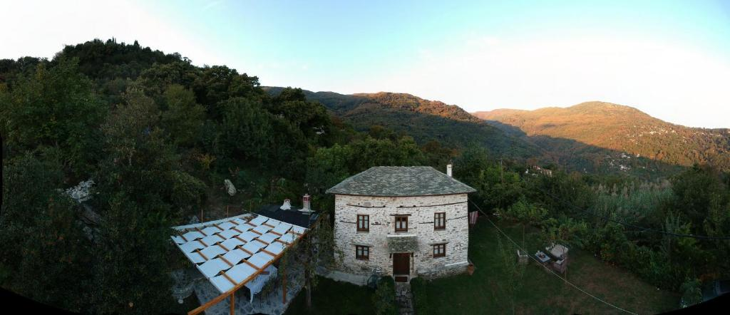 A bird's-eye view of Stone Villa in the Forest