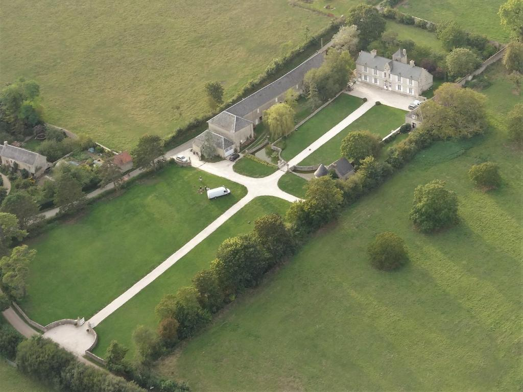 A bird's-eye view of Manoir de Conjon