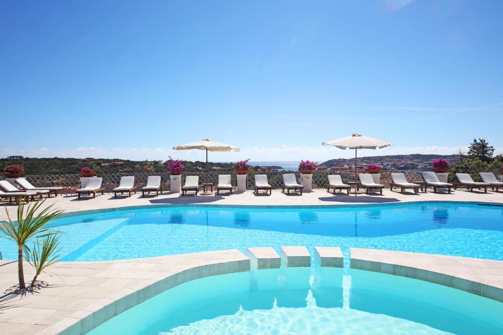 A piscina localizada em Hotel Balocco ou nos arredores
