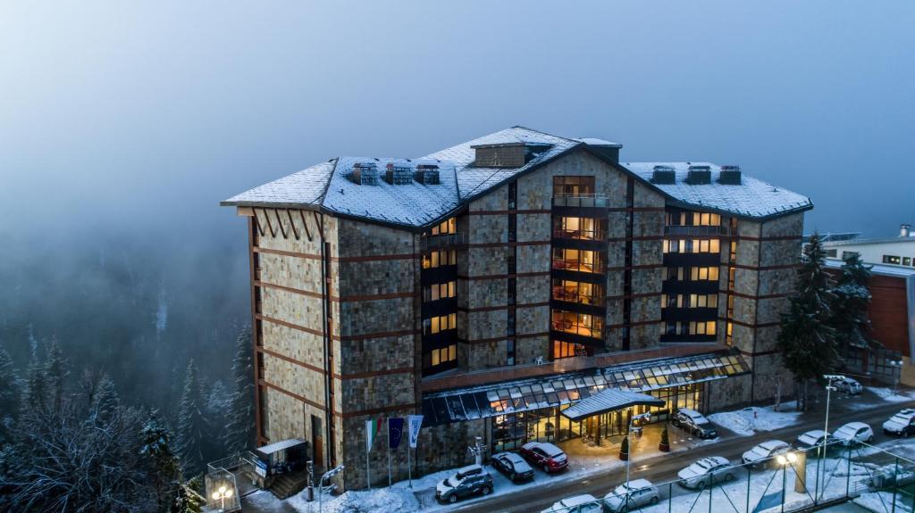Hotel Orlovetz during the winter