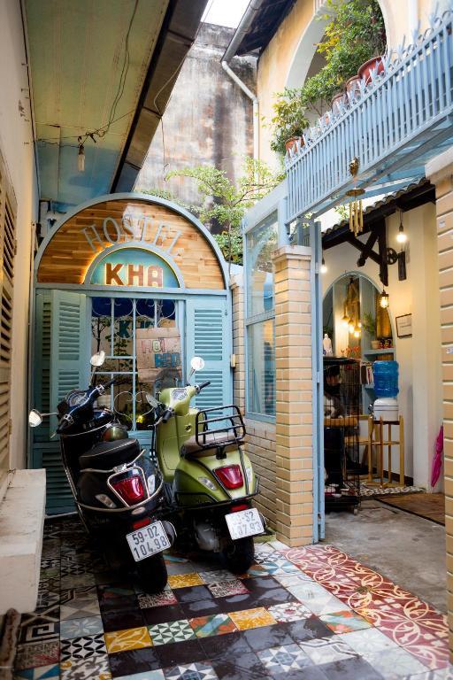 KHA Hostel & Cafe