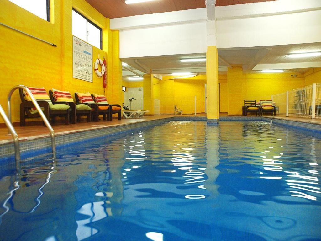 The swimming pool at or near Hotel Mirachoro Sol