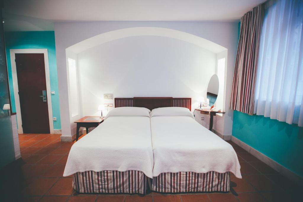 Hotel Kaype - Quintamar (Espanha Barro) - Booking.com