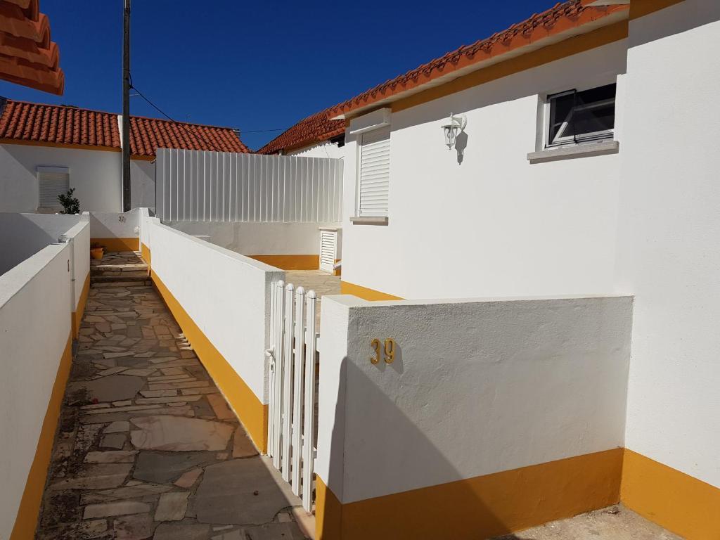 Casa de Férias Páteo Badajoz (Portugal Sintra) - Booking.com