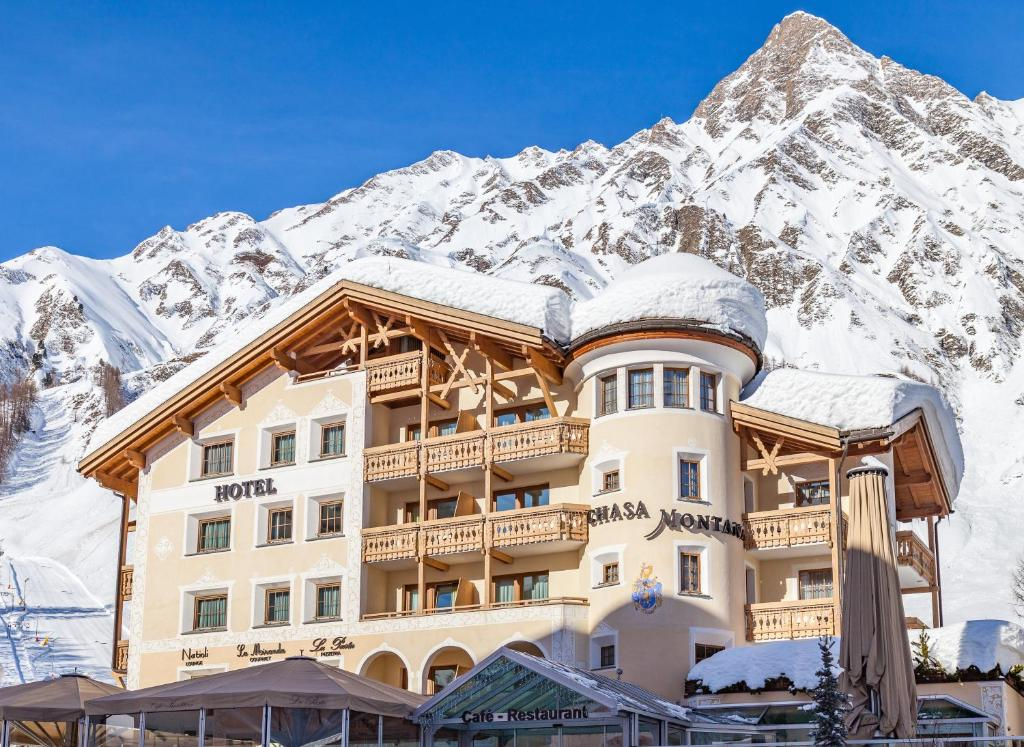 Chasa Montana Hotel & Spa Superior during the winter
