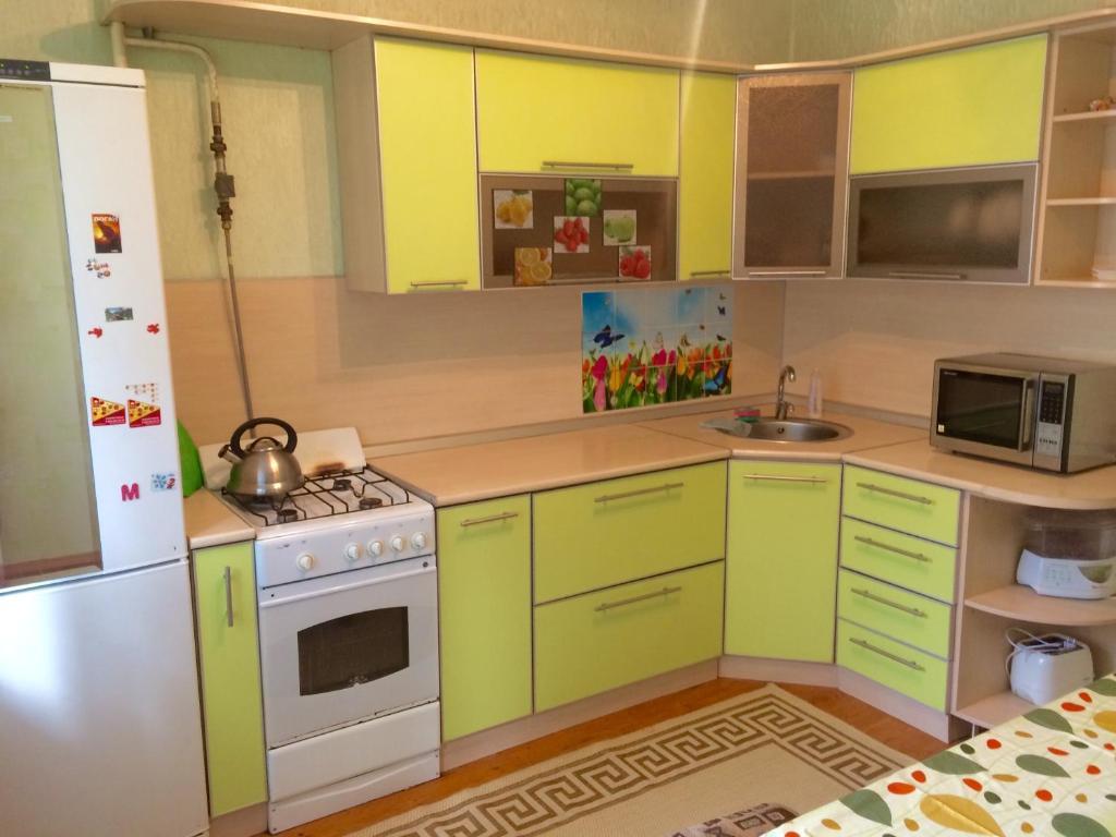 Кухня или мини-кухня в Sweet home