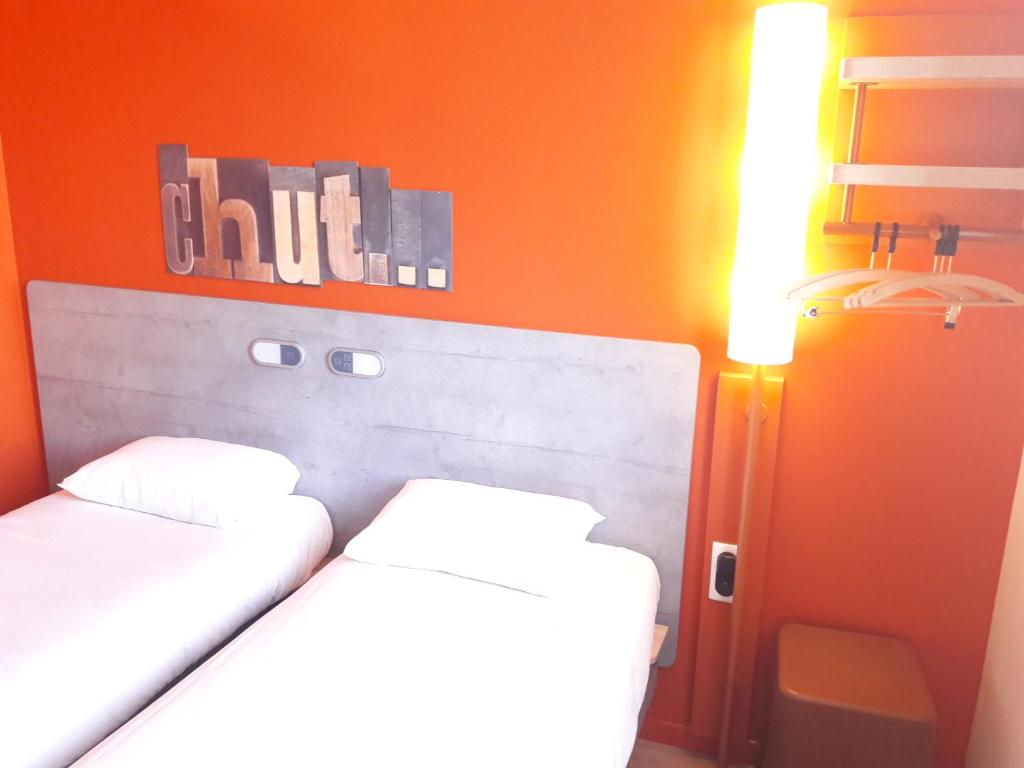 Hotel Ibis Budget Auxerre Centre France Booking Com
