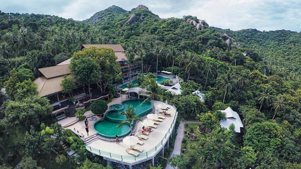 A bird's-eye view of Tanote Villa
