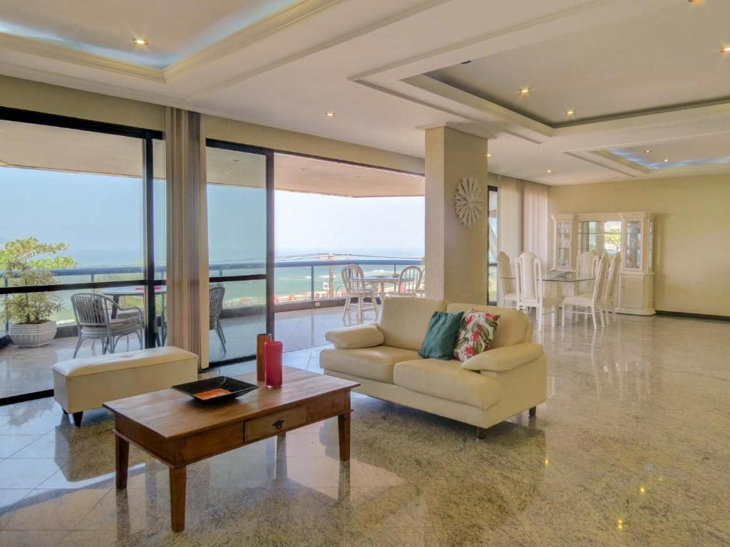 A seating area at FANTASTIC BEACHFRONT 4-BDR BARRA B1-0016