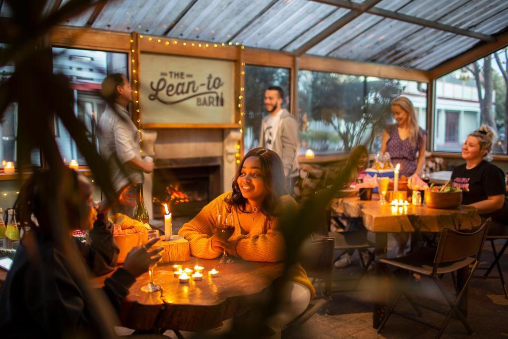 The Backyard Inn