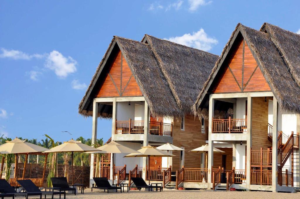Maalu Maalu Resort Spa Pasikuda Sri Lanka Booking Com