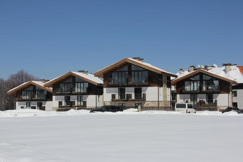 Chalet Chamkoria during the winter