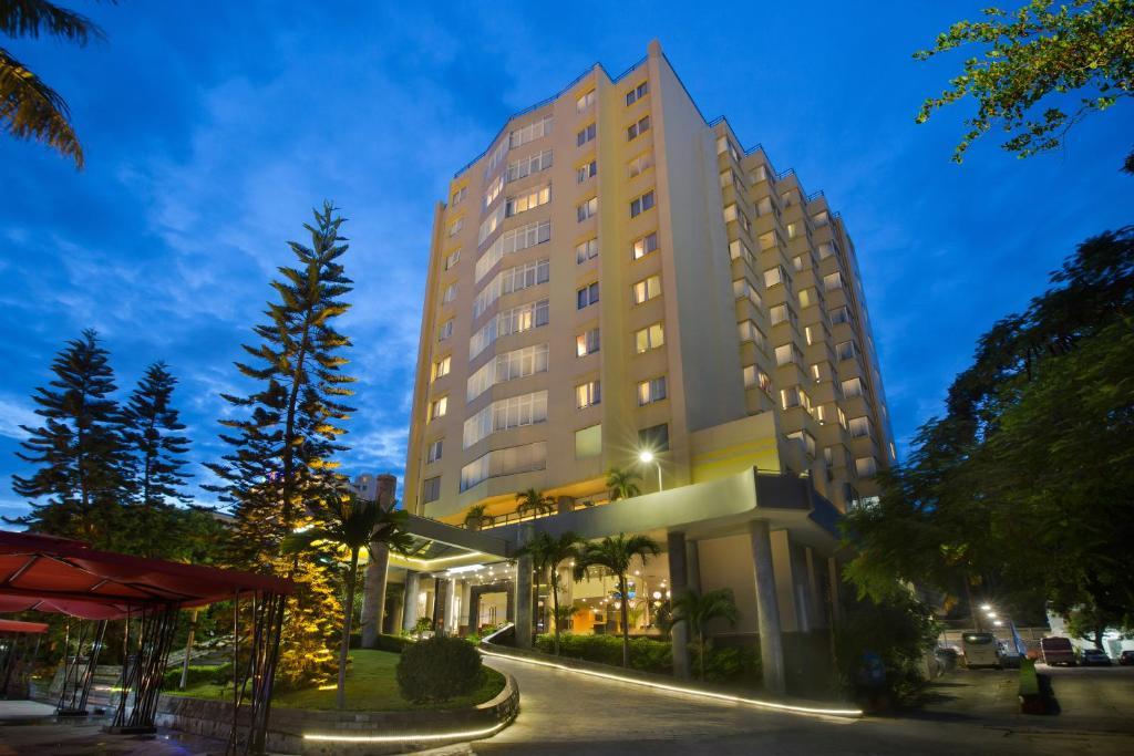 Khách sạn Tung Shing Halong Pearl