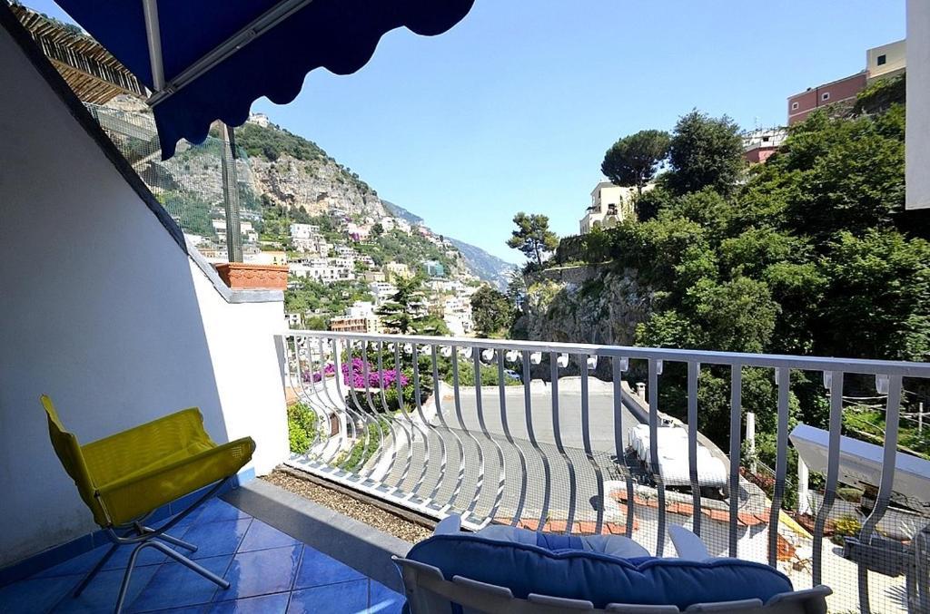 Balcone o terrazza di Positano Villa Sleeps 3 Air Con WiFi