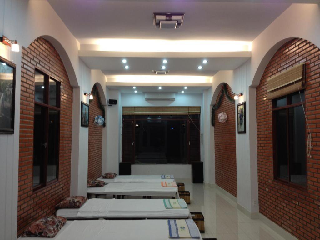 Lu Khach Quan Guesthouse