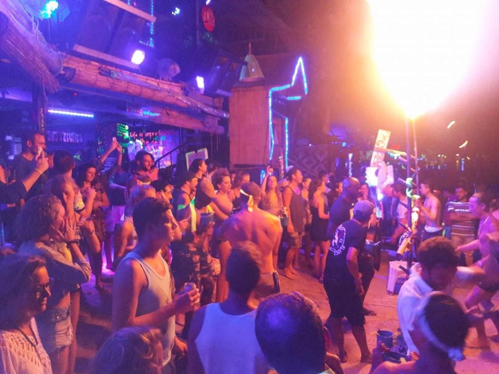 Hostel Blanco Beach Bar Koh Phi Phi Tailandia Islas Phi Phi