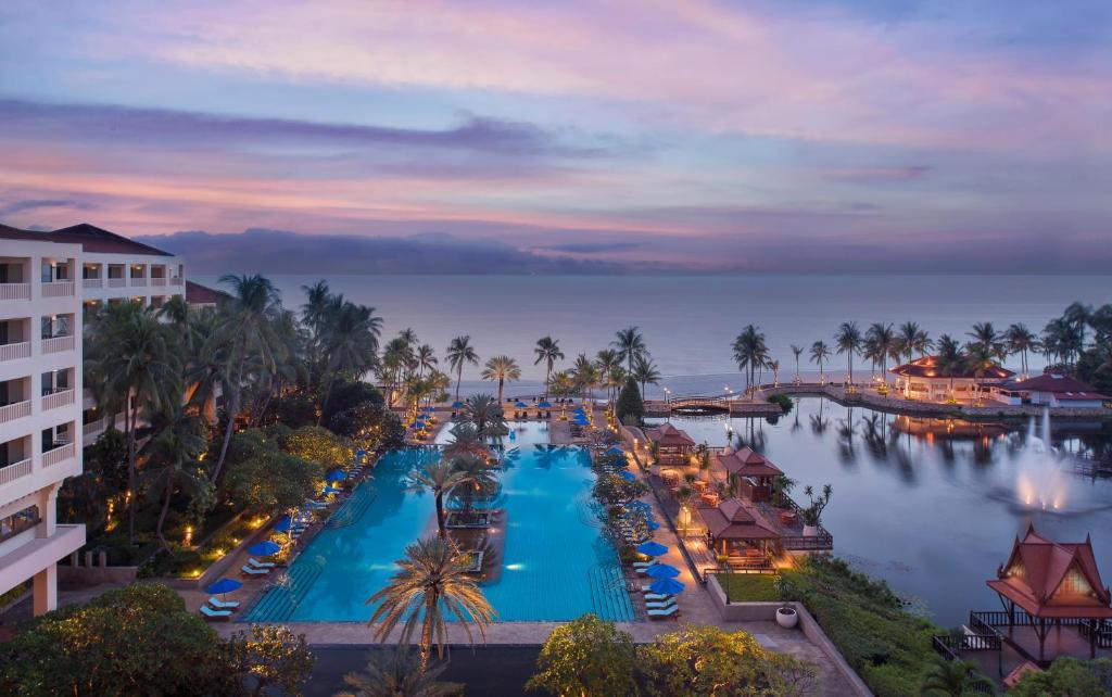 A view of the pool at Dusit Thani Hua Hin or nearby