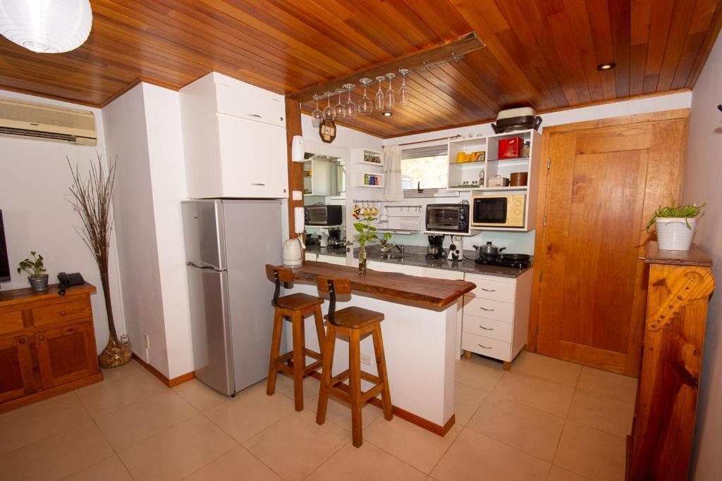 Una cocina o kitchenette en Departamento céntrico San Martín de los Andes