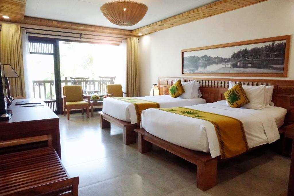 Phòng Deluxe Giường Đôi Có Tầm Nhìn Ra Vườn & Bao 2 Bữa