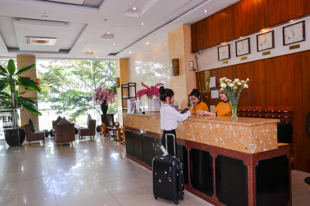 The lobby or reception area at Queen Da Nang Hotel