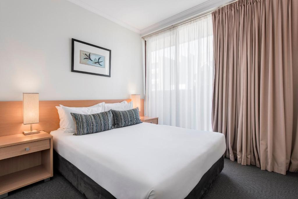 adelaide apartment accommodation deals