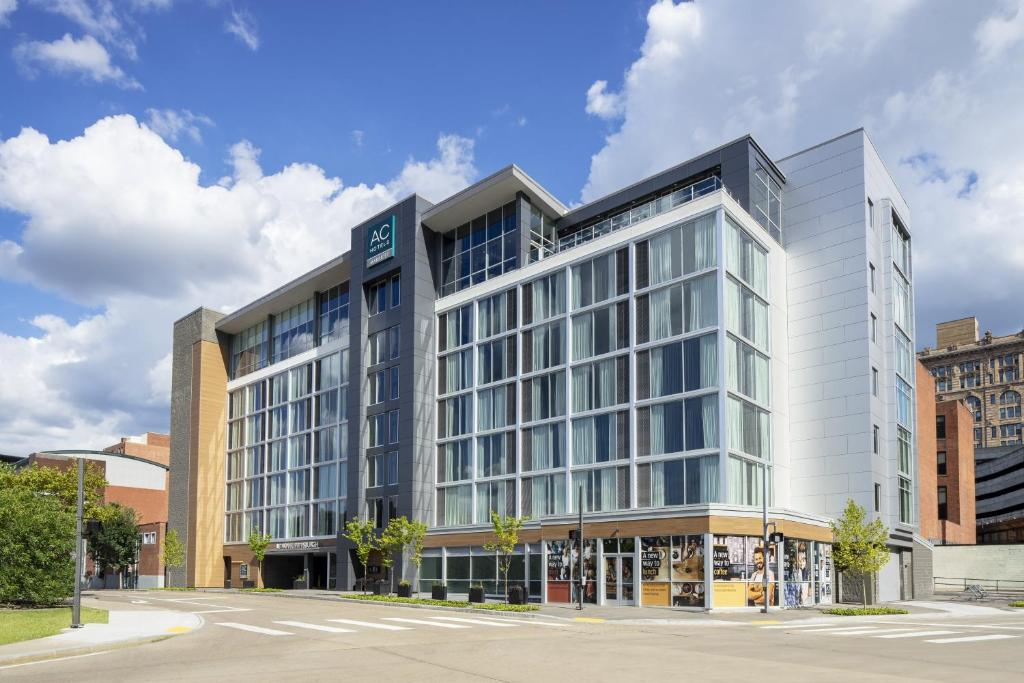 AC Hotel Pittsburgh Downtown, PA - Booking.com on university of pittsburgh oakland campus map, downtown dallas map, pittsburgh county map, downtown pittsburgh parking lot map, hotels magnificent mile map, pittsburgh street map, pittsburgh ohio river map, pittsburgh on map, bike pittsburgh map, downtown pittsburgh attractions map, detailed downtown pittsburgh map, hotels ann arbor map, pittsburgh downtown building map, parking garages downtown pittsburgh map, pittsburgh pa city map, st. louis mo map, hotels las vegas strip map, shopping downtown pittsburgh map, printable downtown pittsburgh map, pittsburgh pa airport map,