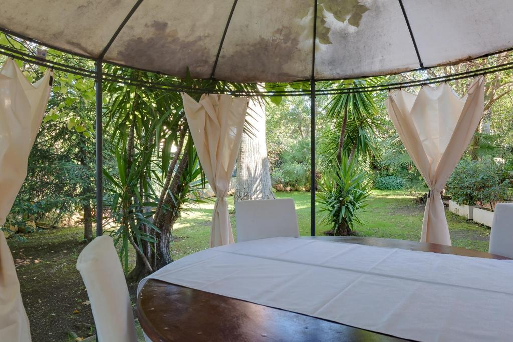 Relax Per Due.Villa Relax Le Due Palme Ciampino Italy Booking Com