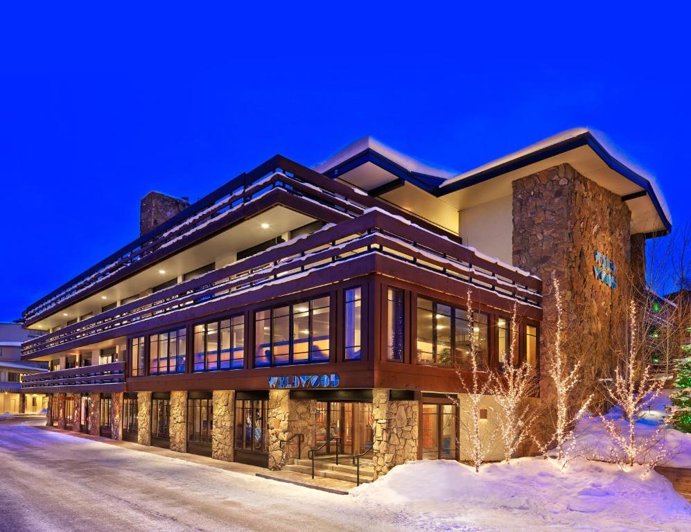 Hotel Wildwood Snowm, Snowm Village, CO - Booking.com on