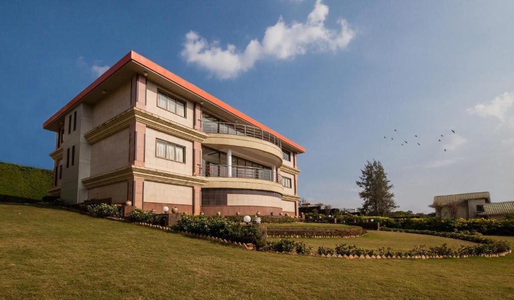 Villa Gavson Palace by Vista Rooms, Mahabaleshwar, India