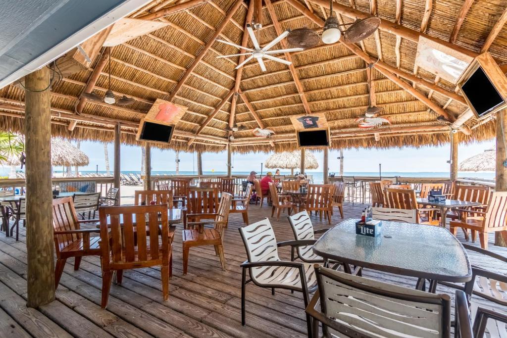 Fiesta Key RV Resort Waterfront Cottage 35