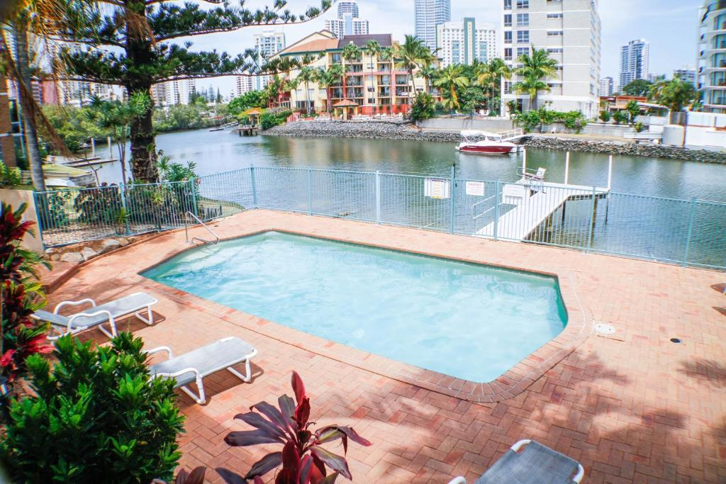 The swimming pool at or near Surfers Riverside
