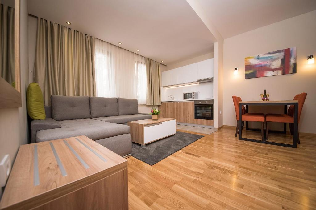 Hotel Mons Zlatibor Serbia Bookingcom