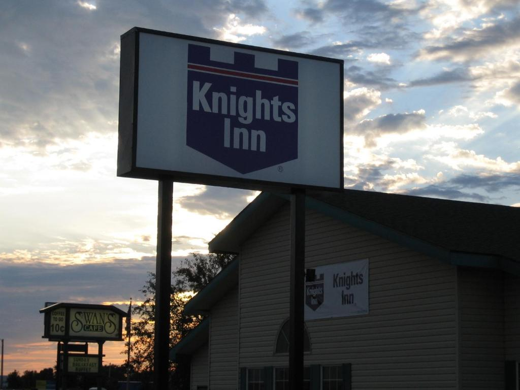 Knights Inn Litchfield