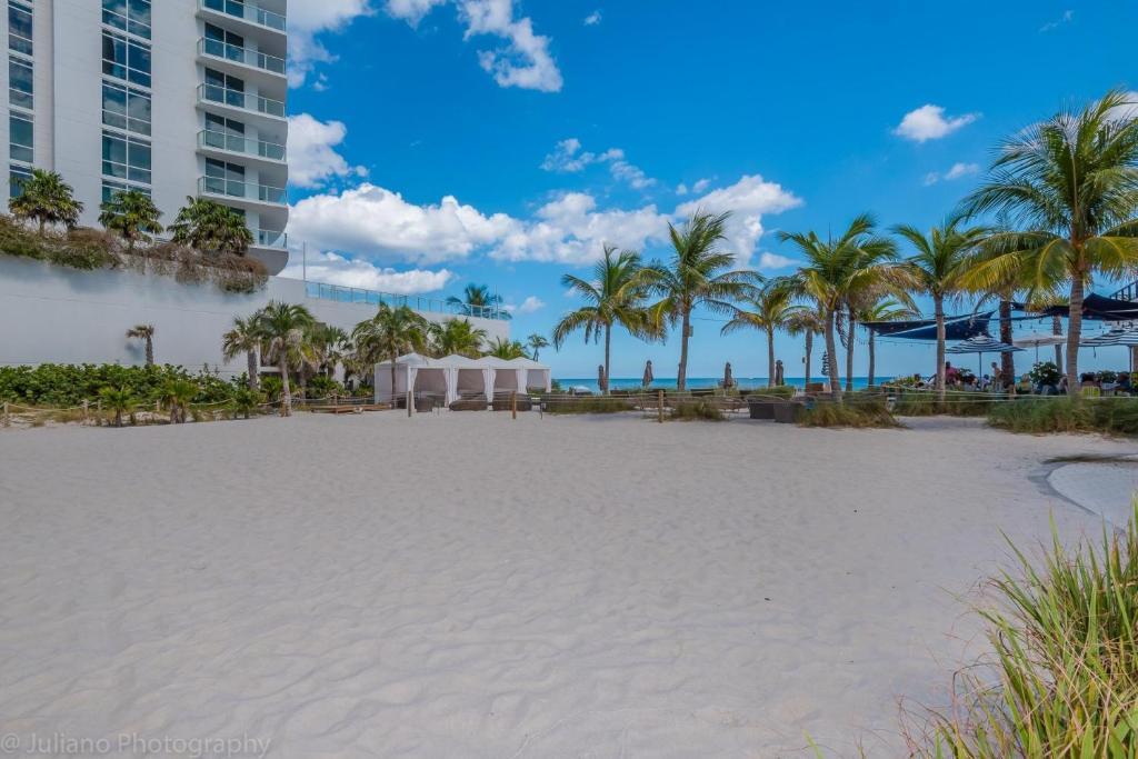 Oceanfront Luxury Apartments Hallandale Beach Fl Booking