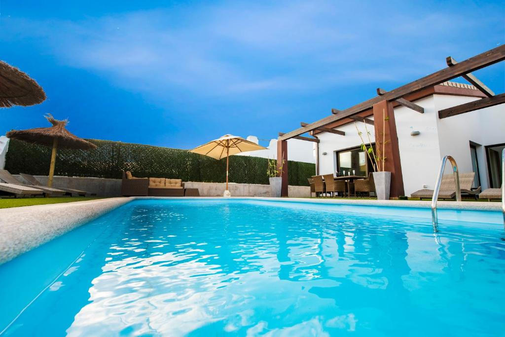 VILLA DELICIOUS GOLF, Caleta De Fuste, Spain - Booking.com