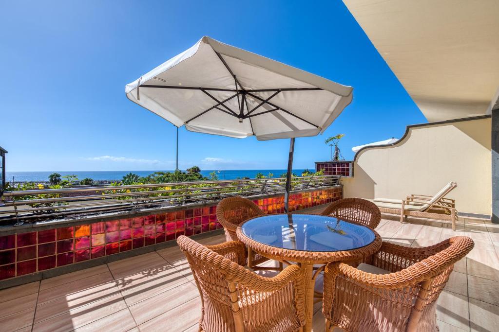 En balkong eller terrass på Holiday Club Playa Amadores