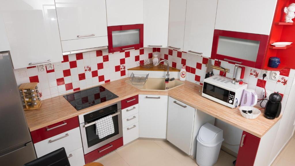 Kuchyňa alebo kuchynka v ubytovaní Apartman č.61