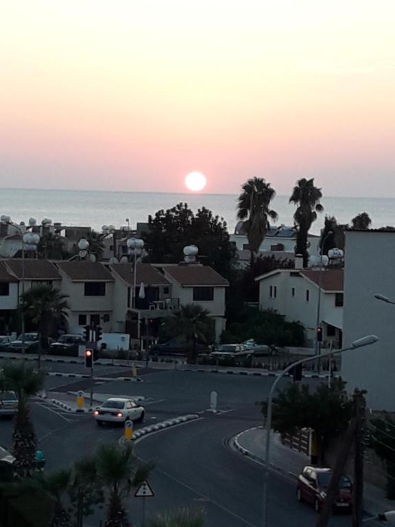Вид на восход или закат из апартаментов или места поблизости