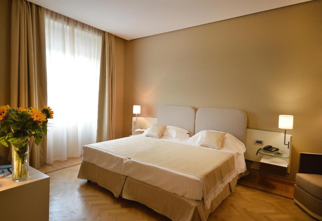 cloud 9 spa balcony Hotel Palazzo Esedra Naples Italy Bookingcom