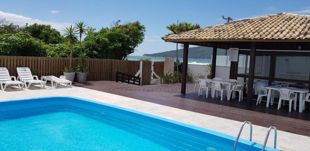 Piscina en o cerca de Apartamento Ilha dos Patos Ingleses Beira da Praia.