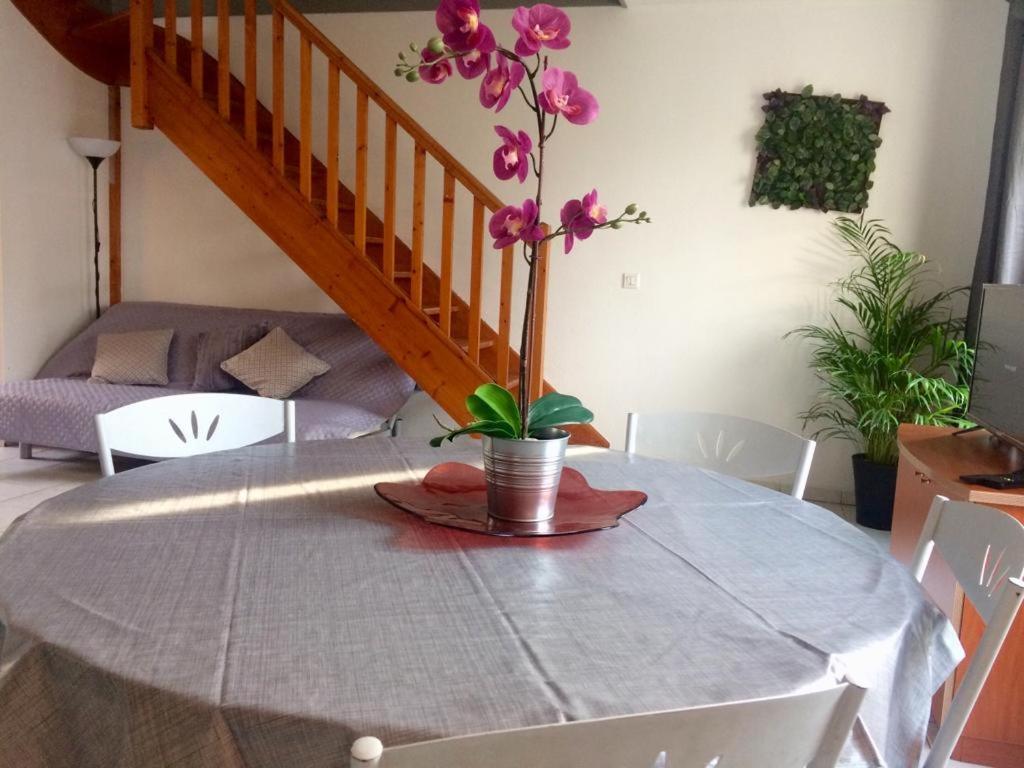 Magny Le Hongre Restaurant villa disney home familly, magny-le-hongre, france - booking