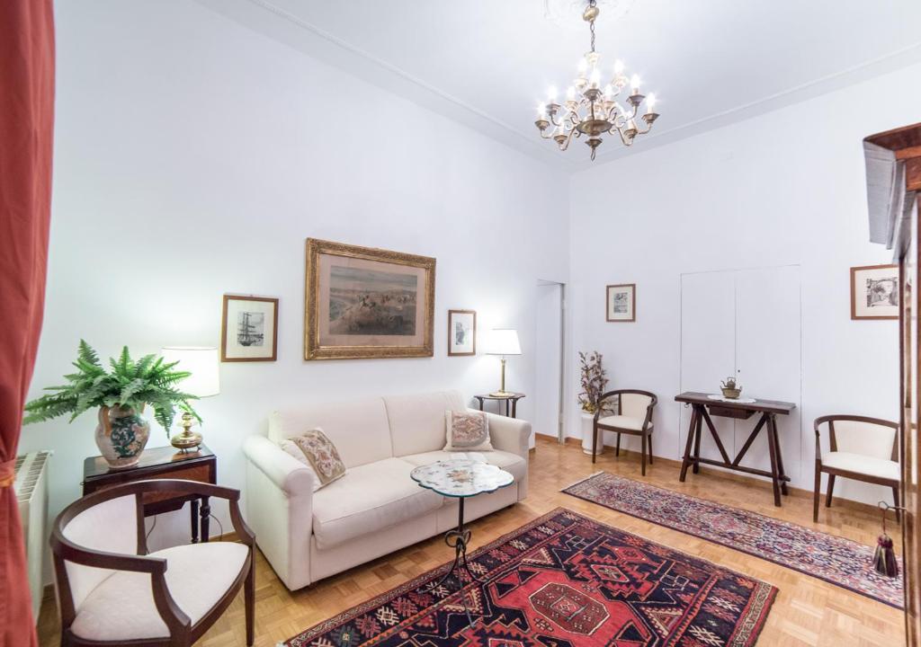 Area soggiorno di Rent in Rome - Veneto 116