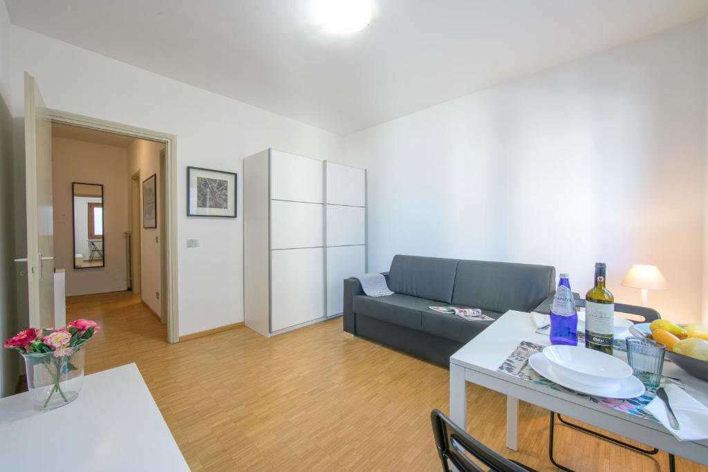 Sorengo Apartment Sleeps 2 (Svizzera Sorengo) - Booking.com