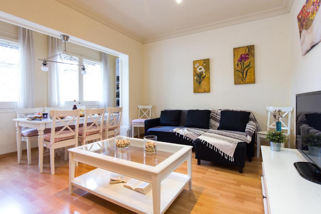 Ein Sitzbereich in der Unterkunft Key Sagrada Familia Apartments