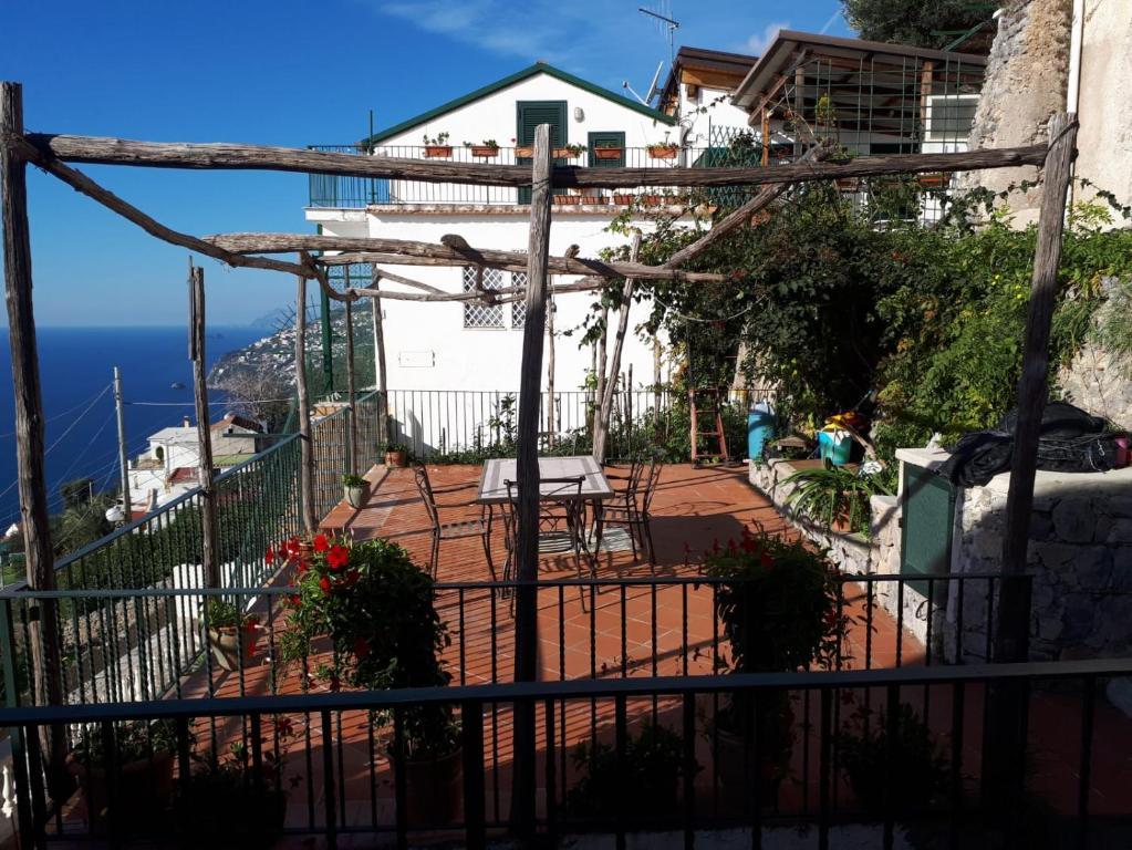 A balcony or terrace at Rifugio Stellato