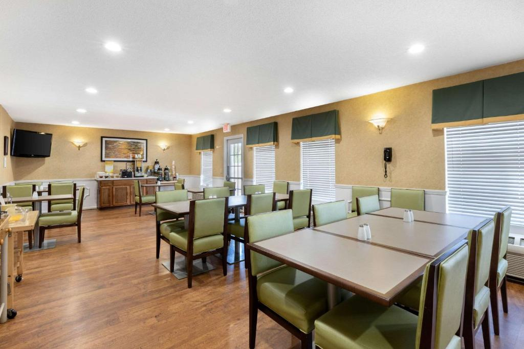 Country Kitchen Cheraw Sc | Quality Inn Cheraw Sc Booking Com