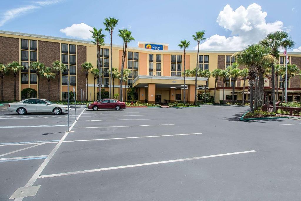Comfort Inn Maingate, Orlando, FL - Booking com
