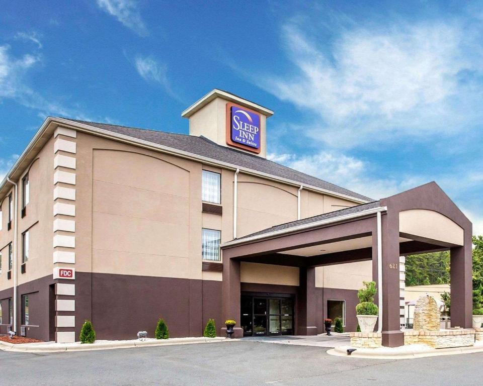 Sleep Inn & Suites Albemarle, NC - Booking.com